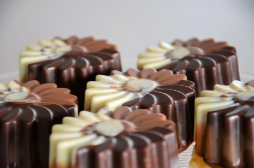 Kuchen mit Schokoglasur
